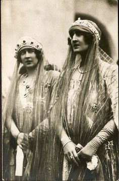 "ladytudorrose: "" carolathhabsburg: "" vintage-royalty: "" Queen Marie of Romania and her daughter Elisabeth. "" Its Queen Marie of Yugoslavia AKA Mignon nee pss of Romania (left) with sister Elisaveta,. Royal Crowns, Tiaras And Crowns, Old Photos, Vintage Photos, Romanian Royal Family, Princess Alexandra, Royal Jewelry, Jewellery, Royal House"