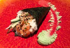 Ya podéis probar el Maki de la semana  esta vez toca un Temaki de salmón con cebolla frita!