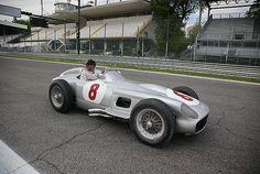 Rosberg im Millionen-Sportwagen unterwegs - Formel 1 - Motorsport-Magazin.com