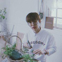 precious Kim Hanbin Ikon, Ikon Kpop, Ringa Linga, Ikon Member, Flower Boys, K Idol, Korean Music, Boyfriend Material, Baekhyun
