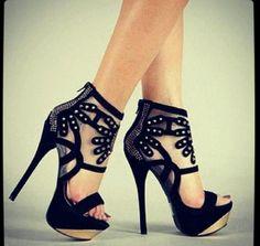Hot heels need sexy legs! https://www.facebook.com/kendallameliafitness