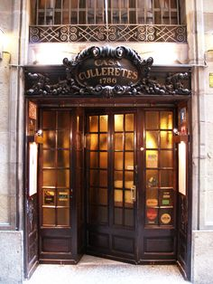 Heaping Seafood platter at Casa Culleretes. The oldest restaurant in Barcelona and second oldest in Spain. Barcelona Architecture, Architecture Design, Retail Architecture, Holidays In June, Hotel W, Madrid, Storefront Signs, Restaurants, Restaurant Marketing