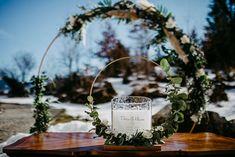 Wreaths, Table Decorations, Home Decor, Decoration Home, Door Wreaths, Room Decor, Deco Mesh Wreaths, Home Interior Design, Floral Arrangements