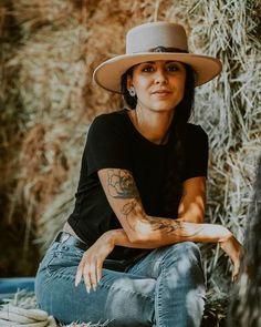 @soniatiger killing it in the Gaucho hat! Cowgirl Hats, Wagon Wheel, Gaucho, Sun Hats, Mesh, Women's Fashion, Shape, Popular, Band