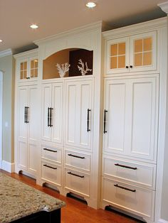 Cape and Islands Kitchen Cabinets