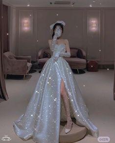 Queen Wedding Dress, Princess Wedding Dresses, Dream Wedding Dresses, Gala Dresses, Quinceanera Dresses, Pretty Prom Dresses, Elegant Dresses, Fairytale Gown, Princess Ball Gowns