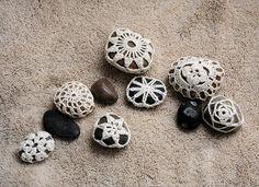 Crochet rocks - pattern