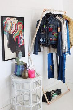DIY: leaning clothes rack