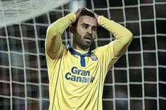 Les supporters de Las Palmas ne veulent plus de Jesé Rodriguez ! - http://www.le-onze-parisien.fr/les-supporters-de-las-palmas-ne-veulent-plus-de-jese-rodriguez/