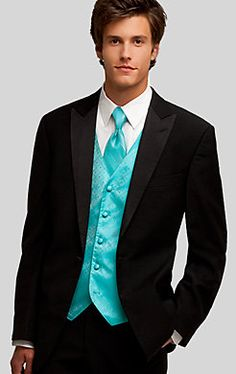 LOVE the aqua (or teal).  Or is this actually turquoise?