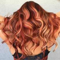 She's on Fire Gorgeous dimensional copper color design by @sadiejcre8s Masterful work Sadie! #hotonbeauty #hothairvids