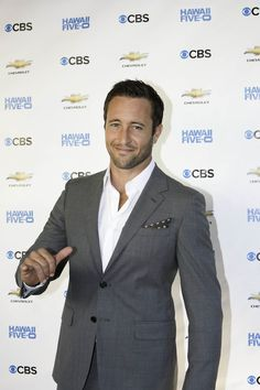 Hawaii_Five-0_premiere_season_three
