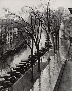 Walker Evans: Main Street, Saratoga Springs, New York, 1931 (The wonderful Walker Evans - the wettest photograph ever - VH)