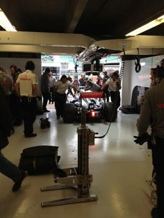 Checo Pérez returning to the garage after his installation lap - 2013 Canadian GP FP2
