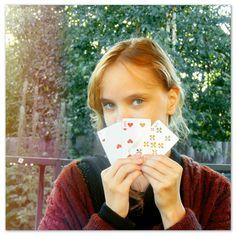 """Can't read my, Can't read my, No he can't read my poker face."" - Poker Face, Lady Gaga. #photo #shot #overlay #nature #girl #cards #music #ladygaga #pokerface  #summer #природа #карты #музыка #лето"