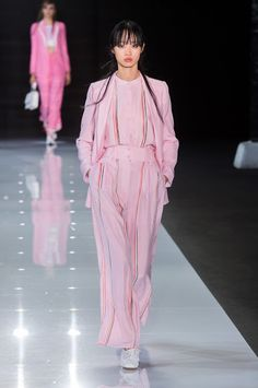 Best Shows of London Fashion Week