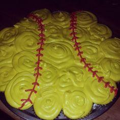 softball glove cake with softball cupcakes~too cute! Softball Birthday Parties, Softball Party, Softball Stuff, Baseball Stuff, Girls Softball, No Bake Desserts, Dessert Recipes, Yummy Recipes, Softball Cupcakes