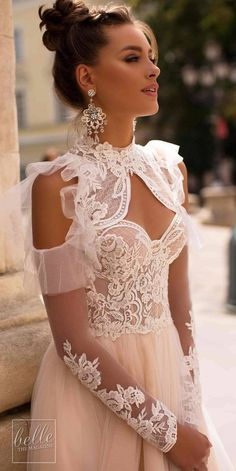 # bridalgowns See more gorgeous wedding dresses by clicking on the photo Liretta Wedding Dresses 2019 - Blue Mountain Bridal Collection - Comum Princess Ball Gowns, Princess Wedding Dresses, Dream Wedding Dresses, Bridal Dresses, Wedding Gowns, Wedding Dress Gallery, Western Wedding Dresses, Gorgeous Wedding Dress, Lace Dress