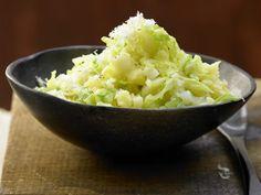Stampfkartoffeln mit Spitzkohl und Meerrettich: Viel mehr als nur Kartoffeln: gestampft und verfeinert mit Spitzkohl und Meerrettich.