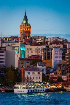 Blue hour on the Bosphorus, Istanbul / Turkey (by Steven Johnson).