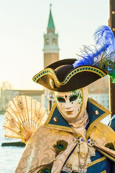 Carnival costume by guillaumeandrieu, via Flickr