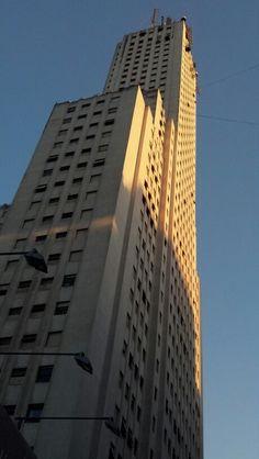 Edificio Alas. Buenos Aires, Argentina.