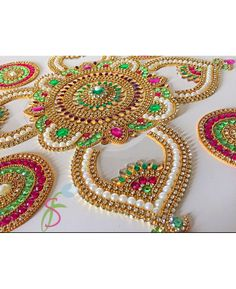 Floor Art Red Green Kolam Alpona pieces Re-Useable Kundan Rangoli Suitable for Diwali Weddings House Warming Gifts Pooja Decorations Diwali Decoration Items, Thali Decoration Ideas, Rangoli Designs Diwali, Rangoli Designs Images, Diwali Rangoli, Diwali Diy, Diwali Craft, Beaded Embroidery, Embroidery Designs