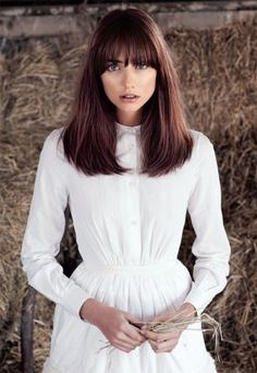 Arsova Salon is an Aveda premier Chicago salon. Arsova Salon is proud to provide our clients with the best in hair care products from Aveda. Hair Styles 2014, Medium Hair Styles, Long Hair Styles, Aveda Hair Salon, Aveda Color, Long Hair With Bangs, Hair Bangs, Ginger Hair, Brunette Hair