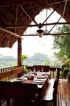 Set within the vast rain forest between the Maya Mountains and the Caribbean Sea, #Belize's Belcampo Lodge is taking agritourism to a thrilling new level. Look down at the beautiful rain forest as you enjoy your breakfast at this adventurous hotel!