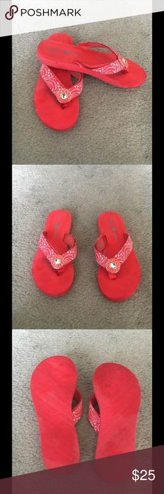 🍧Lindsay Phillips Coral Switch Flops Coral Lindsay Phillips Switch Flops Flip Flops. Very good condition. The straps are attached with Velcro and can be switched with other straps. Both straps and switched Flops can be washed off. Lindsay Phillips Switch Flops Shoes Sandals