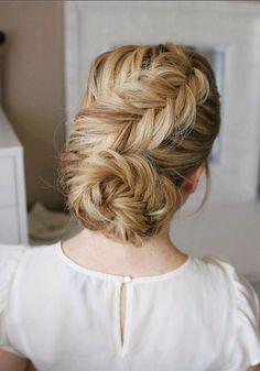 Long Wedding & Prom Hairstyles via Missysueblog / http://www.deerpearlflowers.com/wedding-prom-hairstyles-for-long-hair/2/