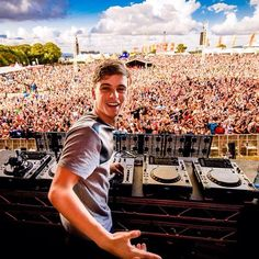 Martin Garrix, I just love this kid. He is a genius who creates some pretty sick beats.