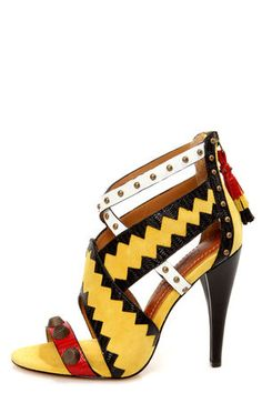 Need these shoes right now so if you are wealthy and want to to make a beautiful woman happy send them to me.  I wear a size 10 American.