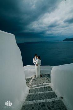 Wedding Photographer in Santorini / Oia for Chinese Couple - Aeginaphotographer Santorini Wedding, Greece Wedding, Pre Wedding Photoshoot, Wedding Places, Santorini Greece, Great View, Wedding Season, Athens