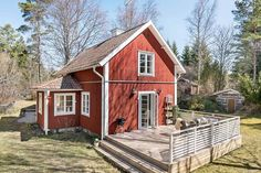 Swedish Cottage, Swedish House, Red Houses, Little Houses, House Yard, My House, Norwegian House, Charming House, House Paint Exterior