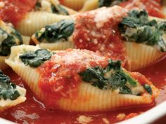 Spinach Recipes - spinach and ricotta stuffed shells