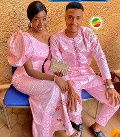 Couples African Outfits, African Dresses For Kids, African Wear Dresses, Latest African Fashion Dresses, African Attire, Couple Outfits, Latest African Wear For Men, African Shirts For Men, Senegalese Styles