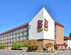 Affordable Pet Friendly Hotel Near Boston Ma Red Roof Plus Woburn Machusetts