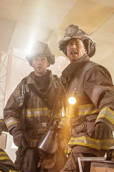 3x01 - Casey and Severide