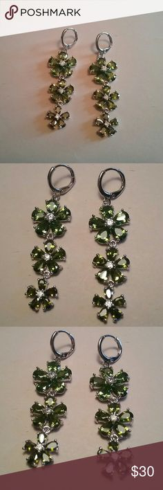 Peridot floral earrings Brand new Jewelry Earrings