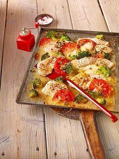 Putenschnitzel mit Brokkoli vom Blech - super schnell und super einfach
