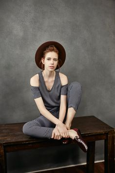 Cotton & Linen Clothing for Men & Women. Buy Cotton & Linen clothes at best price in India at Cottonworld. Natural Clothing, Shop Now! Kalki Koechlin, Fast Fashion Brands, Natural Clothing, Sustainable Clothing, Cotton Linen, Cover Up, Women Wear, India, Pure Products