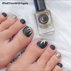 pedicure nail art photographs supplied by members of the NAILS Magazine Nail Art Gallery. Pedicure Designs, Pedicure Nail Art, Toe Nail Designs, Toe Nail Art, Pedicure Ideas, Black Pedicure, Summer Toenail Designs, Cute Toenail Designs, Glitter Pedicure
