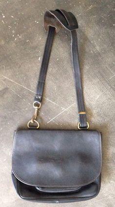 AUTH COACH Vintage Black Leather Messenger Handbag #Coach #ShoulderBag