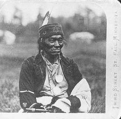 Mountain Chief, Chief of Leech Lake Ojibways 1860 Pinterest @sweetness