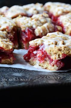 Cranberry-Oat Jam Bars made using leftover cranberry sauce from Thanksgiving! #dessert #baking