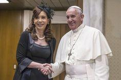 La Presidenta fue recibida por el Papa Francisco en la Santa Sede - https://www.youtube.com/watch?v=oX-zi75heFI