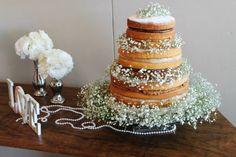Naked cake por Carolina Sales - Casamento no campo - Foto Renata Delduque