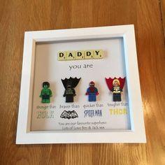 Daddy Superhero Frame Personalized Made to Order - - Papa Superhelden Frame personalisiert Massanfertigung Daddy Superhero Frame Personalized Made to Order <! Lego Batman Party, Birthday Rewards, Birthday Gifts, Father Birthday, Diy Gifts, Great Gifts, Homemade Gifts, Superhero Gifts, Lego Figures
