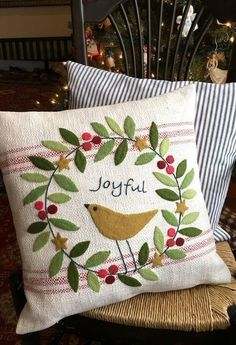 560 best pillow ideas images on Pinterest in 2018 | Handarbeit ... Pillow Applique Ideas on crochet pillow ideas, fall pillow ideas, wuilted pillow ideas, sewing pillow ideas, needle felted pillow ideas, chenille pillow ideas, patchwork pillow ideas, diy pillow ideas, trapunto pillow ideas, easter pillow ideas, christmas pillow ideas, button pillow ideas, handmade pillow ideas,